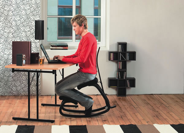 Varier Variable Kneeling Chair Back In Action