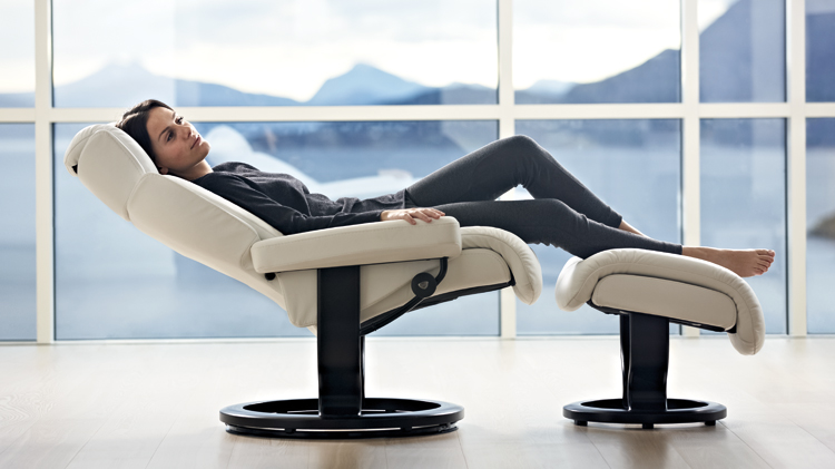 Stressless Capri Recliner Back In Action